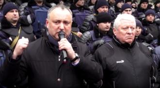Dodon către Guvernul Filip: Nu vă ascundeți ca niște șobolani, veniți în fața poporului!