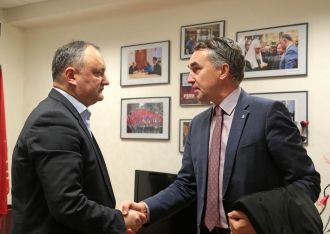 Igor Dodon s-a întîlnit cu europarlamentarul Petras Austrevicius
