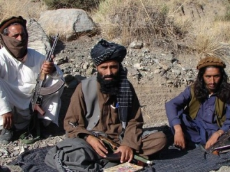 Rusia îndeamnă insurgenţii talibani să iniţieze negocieri directe cu Administraţia Afganistanului
