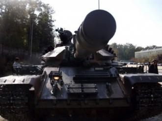 România se implică în războiul din Ucraina. Trimite echipament militar românesc armatei ucrainene