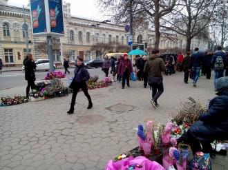 Напротив примэрии Кишинева появился рынок