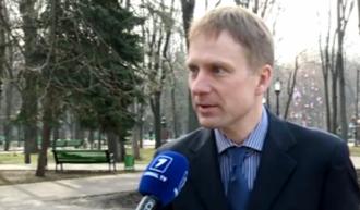 Deputatul european, blocat în Aeroportul Chişinău: Aluzia a fost înţeleasă şi nu va fi uitată