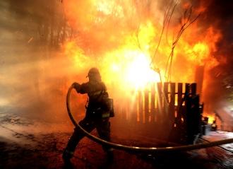 Мужчина сгорел заживо в своем доме из-за несоблюдения правил безопасности