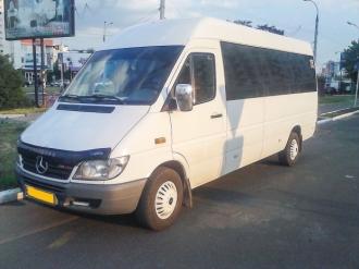 Rutele municipale de microbuz nr. 104 şi nr. 111 vor fi anulate