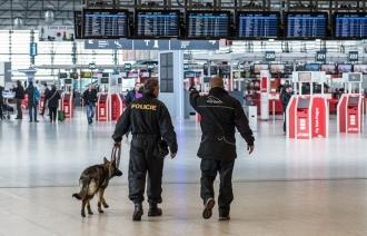 Еврокомиссия изучает возможность введения контроля на входе в аэропорты