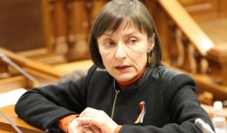 Корина Фусу взялась за объединение Молдовы и Румынии
