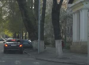 Бронированный автомобиль Плахотнюка заметили у офиса либералов