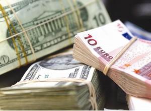 Поступления от зарубежных кредиторов в Молдову сократились более чем треть