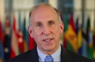 Ambasadorul SUA în RM salută decizia CCM privind revenirea la alegerea președintelui prin vot direct